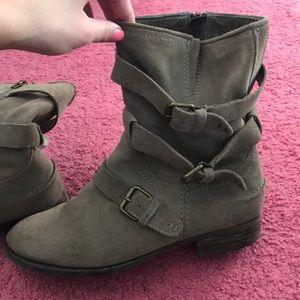 Dolce Vita Tan Short Boots